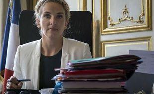 Au lendemain des législatives, le président François Hollande et le Premier ministre Jean-Marc Ayrault ont remanié jeudi l'équipe gouvernementale en changeant les attributions de certains ministres , - Delphine Batho passe de la justice à l'Ecologie- et en la renforçant de quatre nouveaux membres.