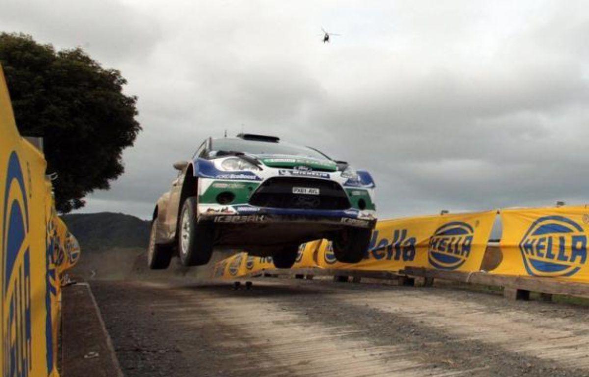 Avec 24 secondes d'avance, le Finlandais Jari-Matti Latvala (Ford) a affermi sa position en tête du rallye de Grande-Bretagne samedi, et est bien parti pour répéter sa victoire de l'an passé sur les routes galloises alors que l'arrivée est prévue dimanche – Michael Bradley afp.com