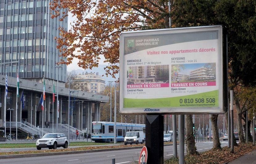Souvent Nantes: Le nombre de panneaux publicitaires dans les rues va diminuer QV03