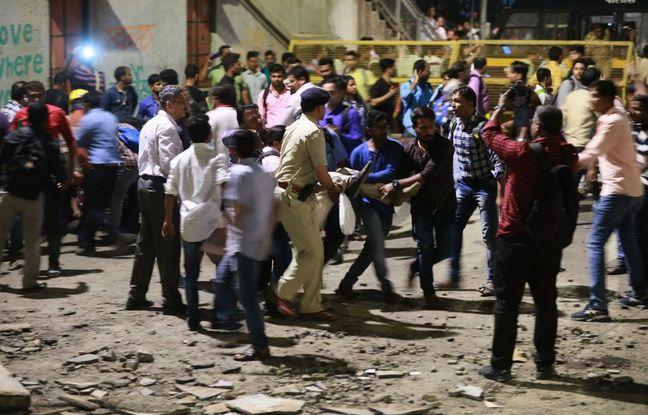 nouvel ordre mondial | Inde: Une passerelle s'effondre à la gare de Bombay, six morts et plus de 30 blessés