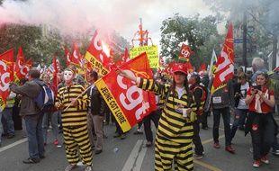 Des manifestants de la CGT Loire dans le cortège contre la loi travail le 14 juin à Paris