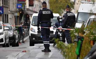 Attaque à l'arme blanche à Paris: Deux nouvelles gardes à vue
