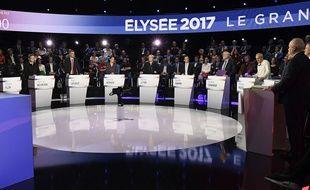 Les onze candidats à l'élection présidentielle dans «Le Grand Débat» sur  BFM TV et CNEWS, le 4 avril 2017.