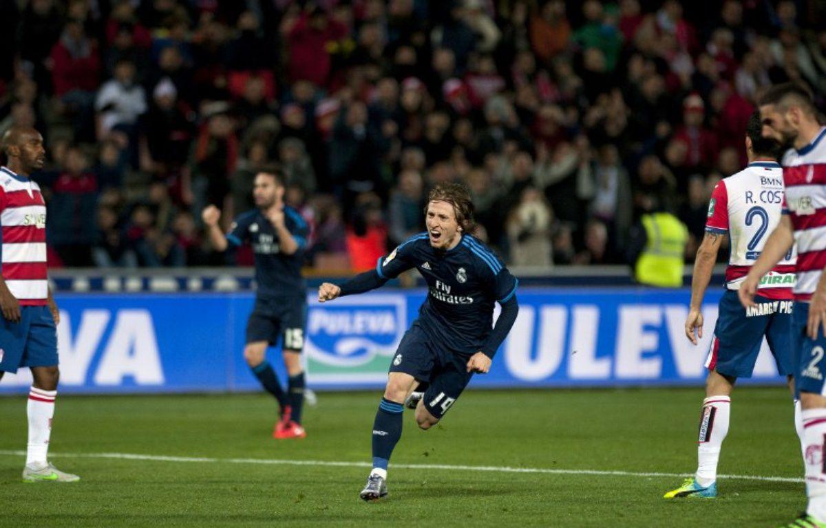 La joie de Luka Modric après son (joli) but qui offre la victoire au Real Madrid sur la pelouse de Grenade (1-2), le 7 février 2016.  – Jorge Guerrero / AFP