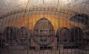 Conservé à la cave historique des Hospices de Strasbourg, le plus vieux vin du monde va être transféré dans un nouveau fût, ce mercredi 21 janvier 2015.