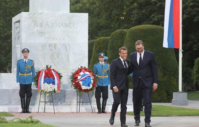 Macron reconquiert les Serbes en parlant leur langue