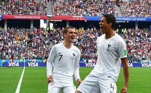La France mène 2-0 face à l'Uruguay grâce à Griezmann...