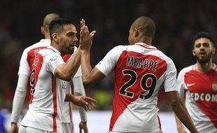 Falcao, Mbappé et Monaco filent vers le titre