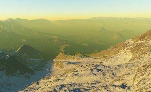 Capture d'écran du site minus.com représentant une projection virtuelle de la Terre du Milieu.