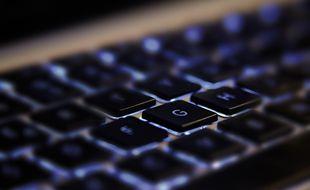 Un clavier d'ordinateur (illustration).