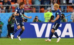 Inui égalise pour le Japon face au Sénégal.