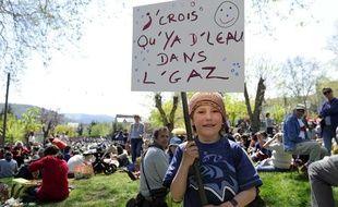 Manifestation anti-gaz de schiste, à Nant, le 17 avril 2011.