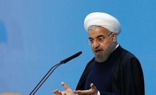 Photo fournie par les autorités officielles, du président iranien Hassan Rohani durant sa conférence de presse à Téhéran le 4 janvier 2015