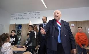 Jean-Claude Gaudin dans une école marseillaise, ici en compagnie du Premier ministre Edouard Philippe