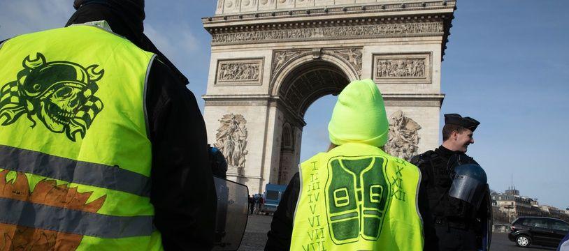 Des «gilets jaunes» à Paris le 9 février 2019.