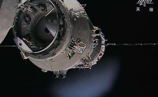 Tiangong-1, le premier laboratoire chinois en orbite depuis septembre 2011 serait hors de contrôle selon les spécialistes et s'écraserait en 2017.