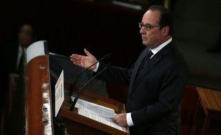 Le président François Hollande s'exprime lors de la conférence sociale à Paris, le 19 octobre 2015