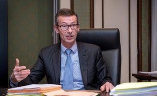 Le procureur Frédéric Fèvre dans son bureau le 10 décembre 2014 au palais de justice à Lille