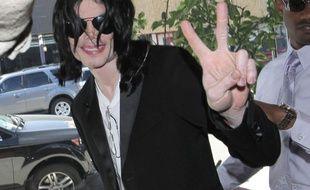 Michael Jackson en 2008 dans les rues de Los Angeles