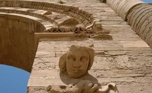 Les ruines d'Hatra en Irak, une cité vieille de 2000 ans inscrite au patrimoine mondial de l'Unesco, située à 320 km au nord de Bagdad, le 27 juillet 2005.