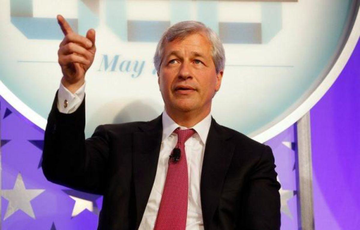 Jamie Dimon, PDG de JPMorgan, était le banquier le plus admiré de Wall Street pour avoir aidé sa banque à traverser la crise sans embûche mais voit son bilan entaché par une perte de courtage d'au moins 2 milliards de dollars due à des paris risqués qui ont mal tourné. – Jemal Countess afp.com
