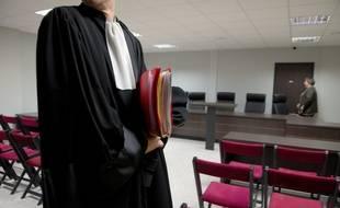 Au tribunal, la présidente a demandé la diffusion de la vidéo des gifles avant le jugement.