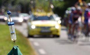 Une pause ravitaillement sur la route du Tour de France? Le 26 juillet 2007 entre Castelsarrasin et Pau