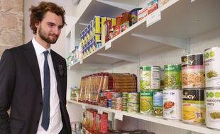 Le président de la Face 06 dans les nouveaux locaux de l'épicerie solidaire Agoraé