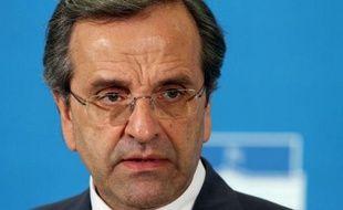 La Grèce en crise se retrouve un peu plus fragilisée face à ses partenaires et créanciers de l'UE après les débuts chaotiques du nouveau gouvernement d'Antonis Samaras.