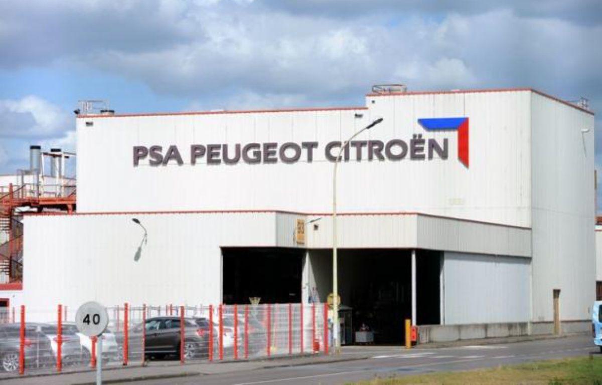 L'Etat français étudie la possibilité de voler au secours du constructeur PSA Peugeot Citroën en grandes difficultés financières, via une entrée au capital si celui-ci en faisait la demande, rapporte vendredi le quotidien Libération. – Thomas Bregardis afp.com