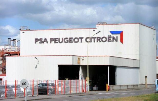 L'Etat français étudie la possibilité de voler au secours du constructeur PSA Peugeot Citroën en grandes difficultés financières, via une entrée au capital si celui-ci en faisait la demande, rapporte vendredi le quotidien Libération.