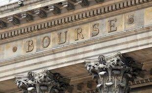 Le fronton de la Bourse de Paris en 2010.