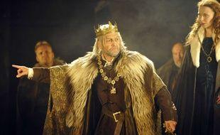 Greg Hicks et Samantha Young répètent une scène du « Roi Lear, à New York, en 2011.