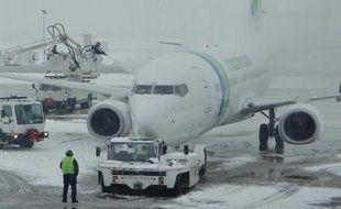 Dégivrage d'un avion à Orly, en décembre 2010.