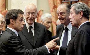 Nicolas Sarkozy, Valéry Giscard d'Estaing, Jacques Chirac et Jean-Louis Debré, le 01 mars 2010, à Paris au Conseil constitutionnel