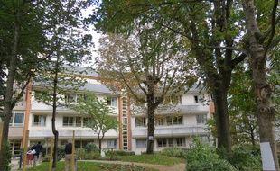 La maison médicale Jeanne Garnier est une unité de soins palliatifs à Paris dans le 15e arrondissement