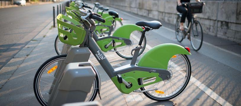 Smovengo, l'entreprise en charge des Vélib à Paris depuis 18 mois, estime que 600 à 1.000 vélos sont volés ou privatisés chaque semaine et que 60% des dégradations sur les bicyclettes sont liées au vandalisme.