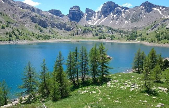 Le Lac d'Allos, dans le Mercantour.