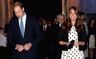 Le Prince William et sa femme Catherine lors d'une visite des studios Warner Bros à Leavesden, le 26 avril 2013.