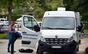 Les plongeurs de la gendarmerie sont sur place, ce mardi.