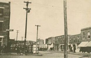 Le quartier de Greenwood, à Tulsa, dans l'Oklahoma, avant le massacre racial qui s'est déroulé du 31 mai au 1er juin 1921.