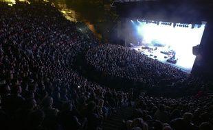 Des spectateurs sur les gradins du théatre antique de Fourvière de Lyon durant un concert des Nuits de Fourvière. Le 23 juillet 2011. CYRIL VILLEMAIN/20 MINUTES