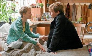 Une vision gracieuse de l'adolescence incarnée par deux tendres acteurs.