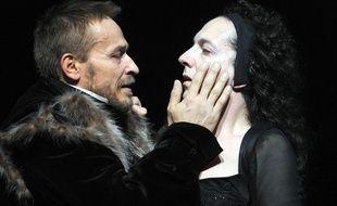 Eric Ruf et Guillaume Gallienne dans Lucrèce Borgia a la Comedie Francaise, à Paris, le 23 mai 2014.