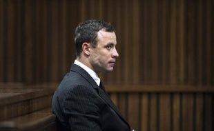 Le champion paralympique Oscar Pistorius au procès pour le meurtre de sa petite amie Reeva Steenkamp, le 2 juillet 2014 à Pretoria