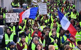 Manifestation de gilets jaunes à Rochefort en Charente.
