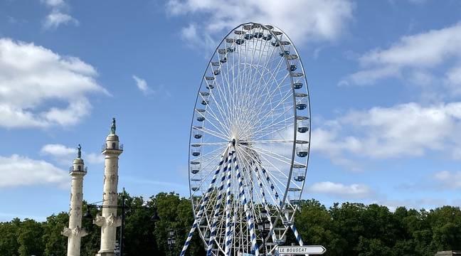 Un couple reste coincé en haut de la grande roue à Bordeaux