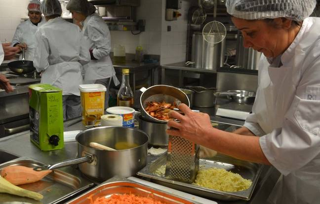 Vid o montpellier en cuisine treize femmes en for Trouver un stage en cuisine