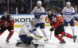 Avec 32 arrêts, Florian Hardy a encore été décisif contre le Canada.