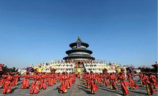 Les cérémonies du Nouvel An à Pékin, hier. L'année du Dragon est considérée comme la plus propice pour les chinois.